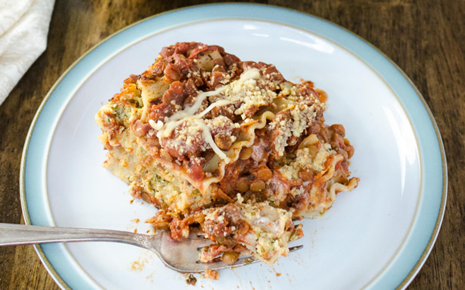 cheesy lentil lasagna