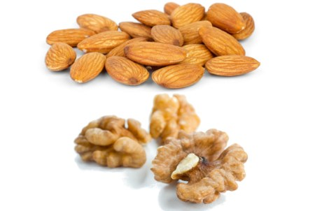What's Healthier? Almonds or Walnuts?