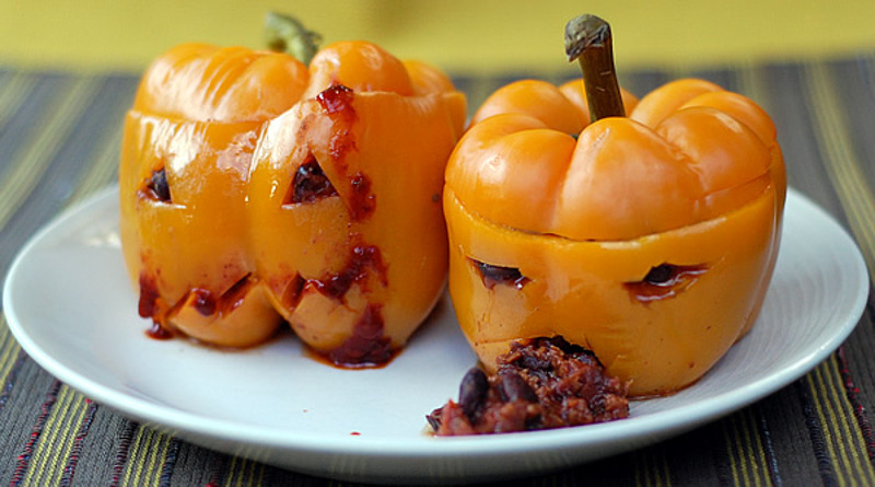 10 Spooky Vegan Halloween Recipes - One Green PlanetOne Green Planet