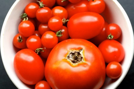 7 Ways to Use Tomatoes to Enhance Your Summer Meals
