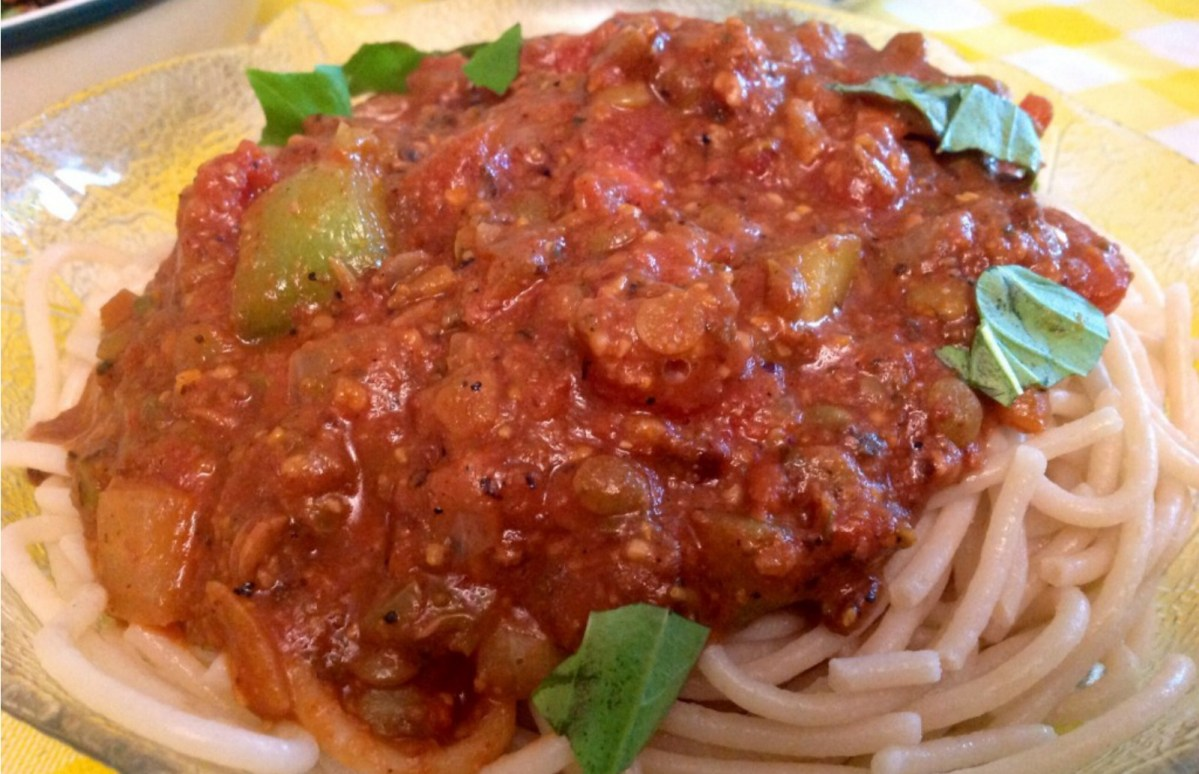Vegan Pasta With Bolognese Sauce