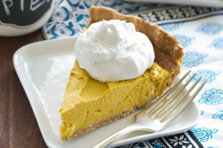Creamy Pumpkin-Coconut Pie [Vegan, Sugar-Free, Oil-Free]