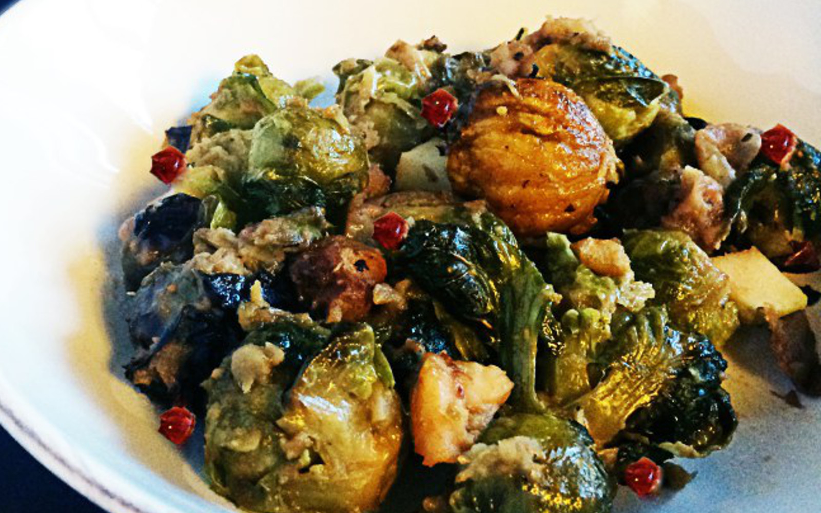 Roasted brussels sprouts with apples and chestnuts b