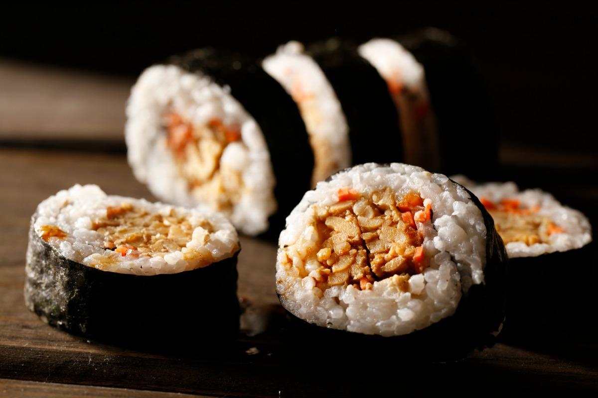 Vegan Tempeh Maki Rolls