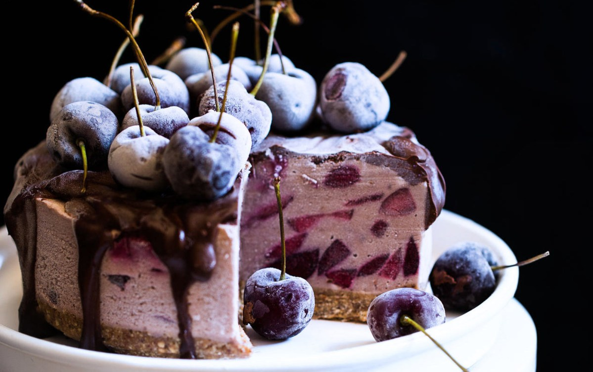 Vegan No-Bake Cherry Chocolate Cheesecake