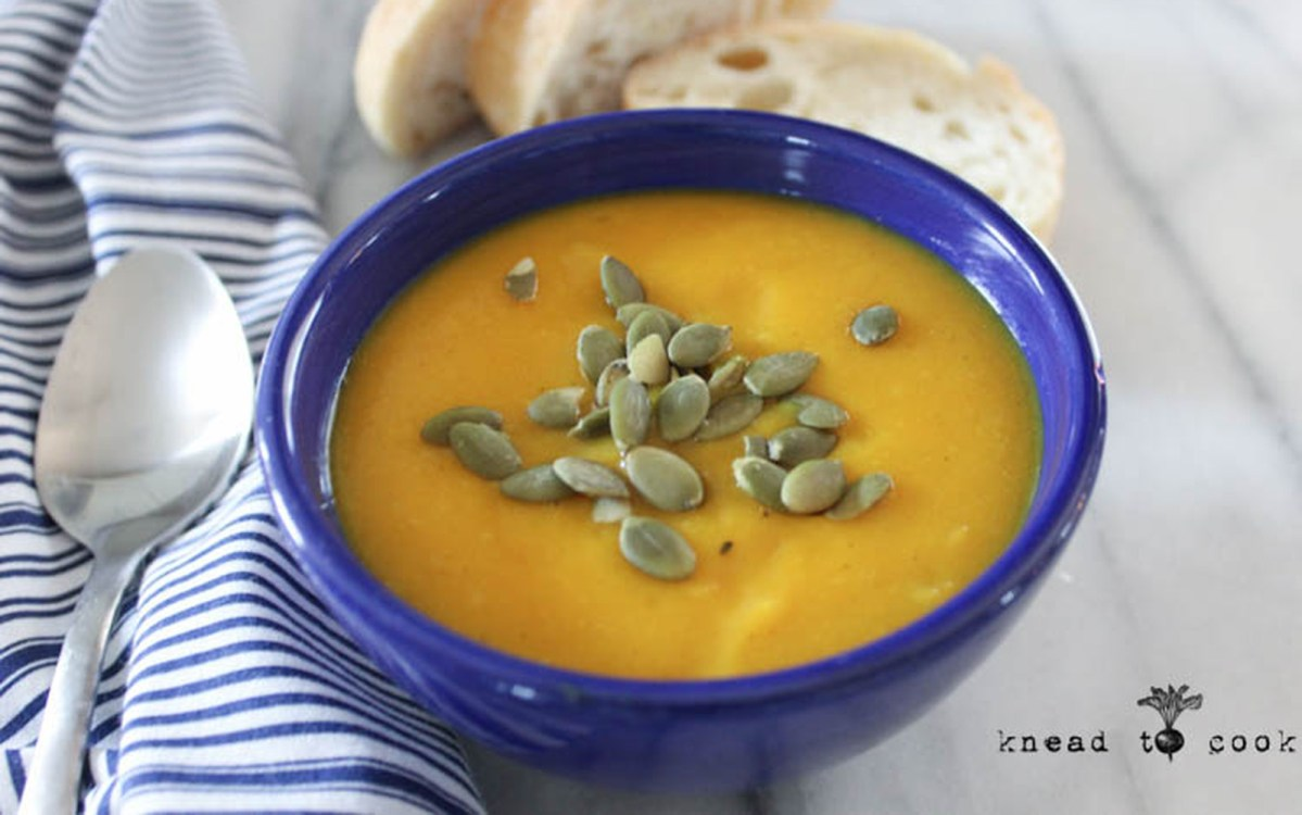 Creamy Kohlrabi Soup Vegan