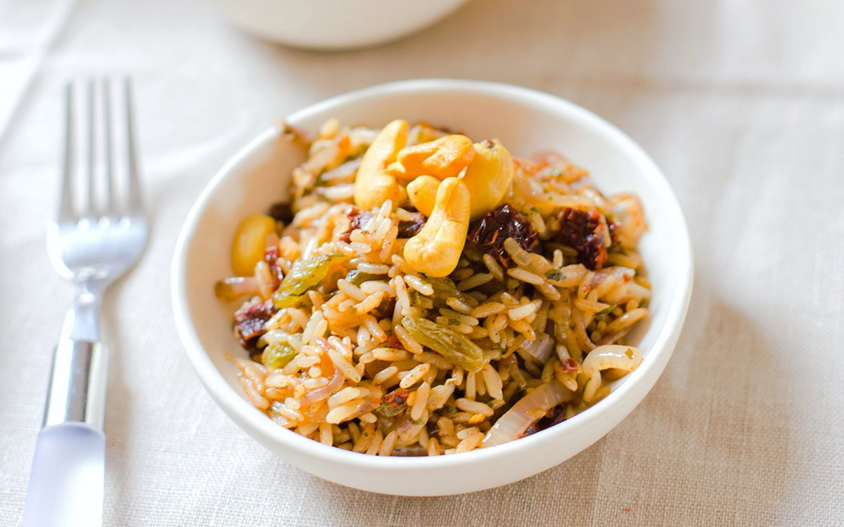 Quick and easy fried rice vegan one green planet ccuart Choice Image