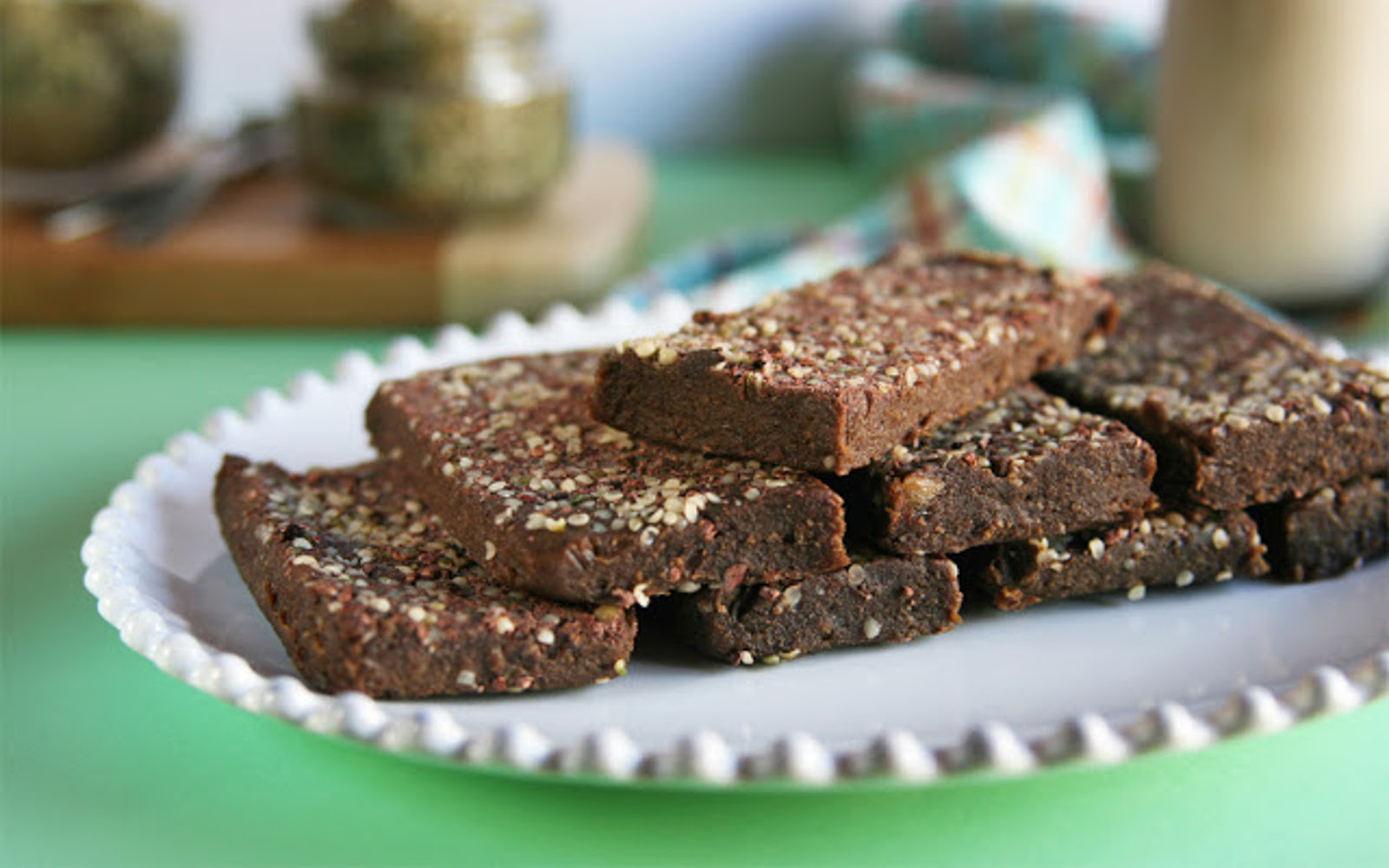 No-Bake Chocolate Peanut Butter Hemp Protein Bars
