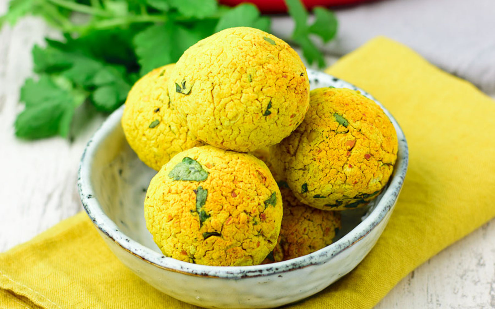 What can you eat on an anti inflammatory diet try these 15 amazing 1 turmeric falafel forumfinder Gallery