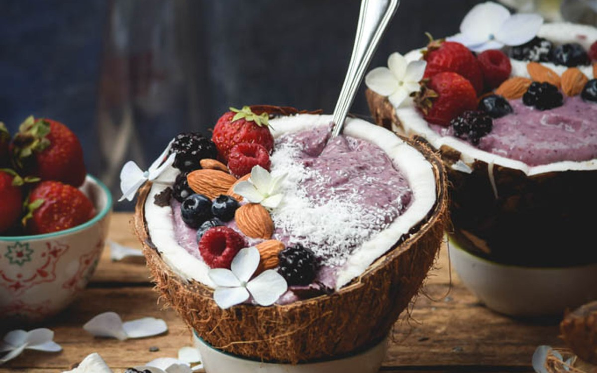 Beautiful Berry Coconut Smoothie Bowls