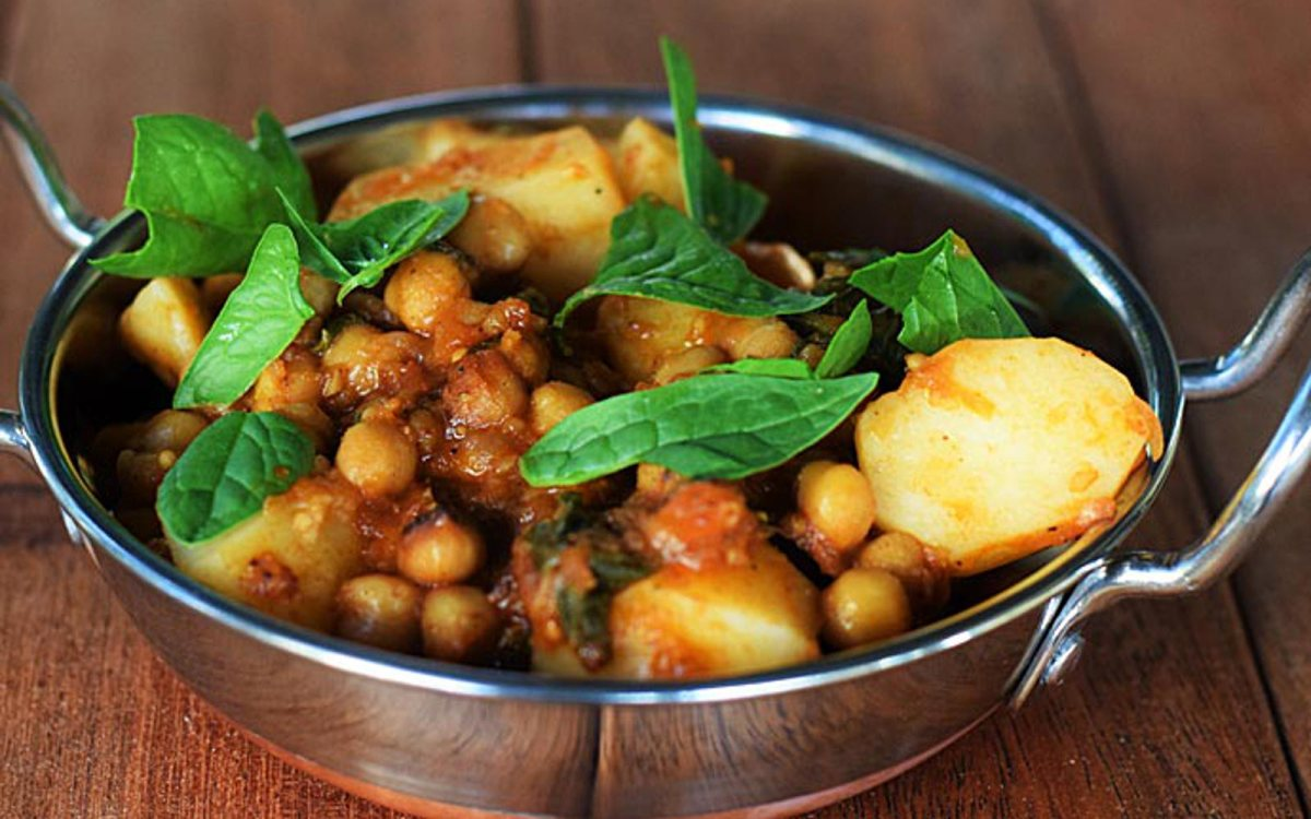 Chickpea, Spinach, and Potato Curry