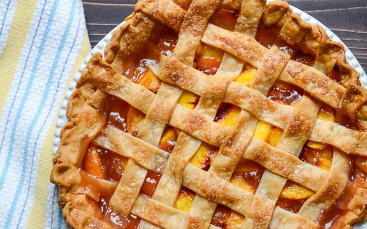 Peach Pie With Lattice Crust [Vegan] - One Green PlanetOne ...