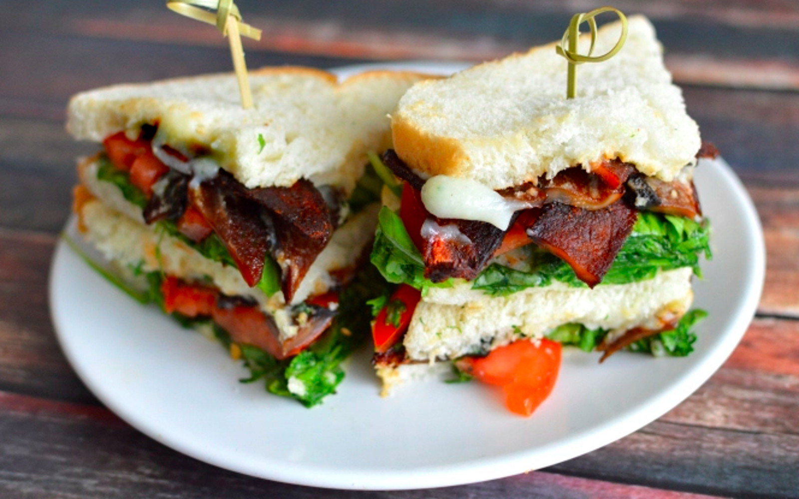 Ranch BLT With Portobello Mushroom Bacon [Vegan]