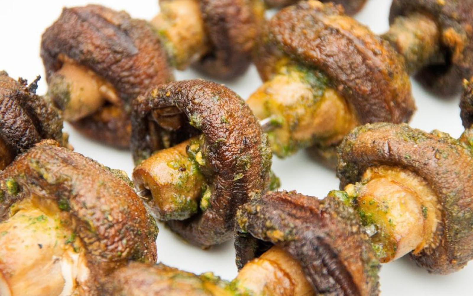 Garlicky Barbecue Mushroom Kebabs