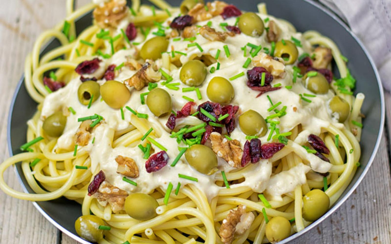 10-Minute Mediterranean Pasta 3