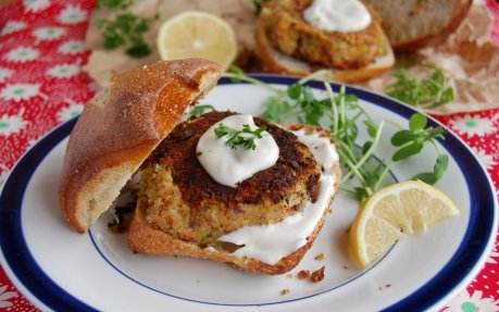 Crab Cakes With Sweet Balsamic Mayo