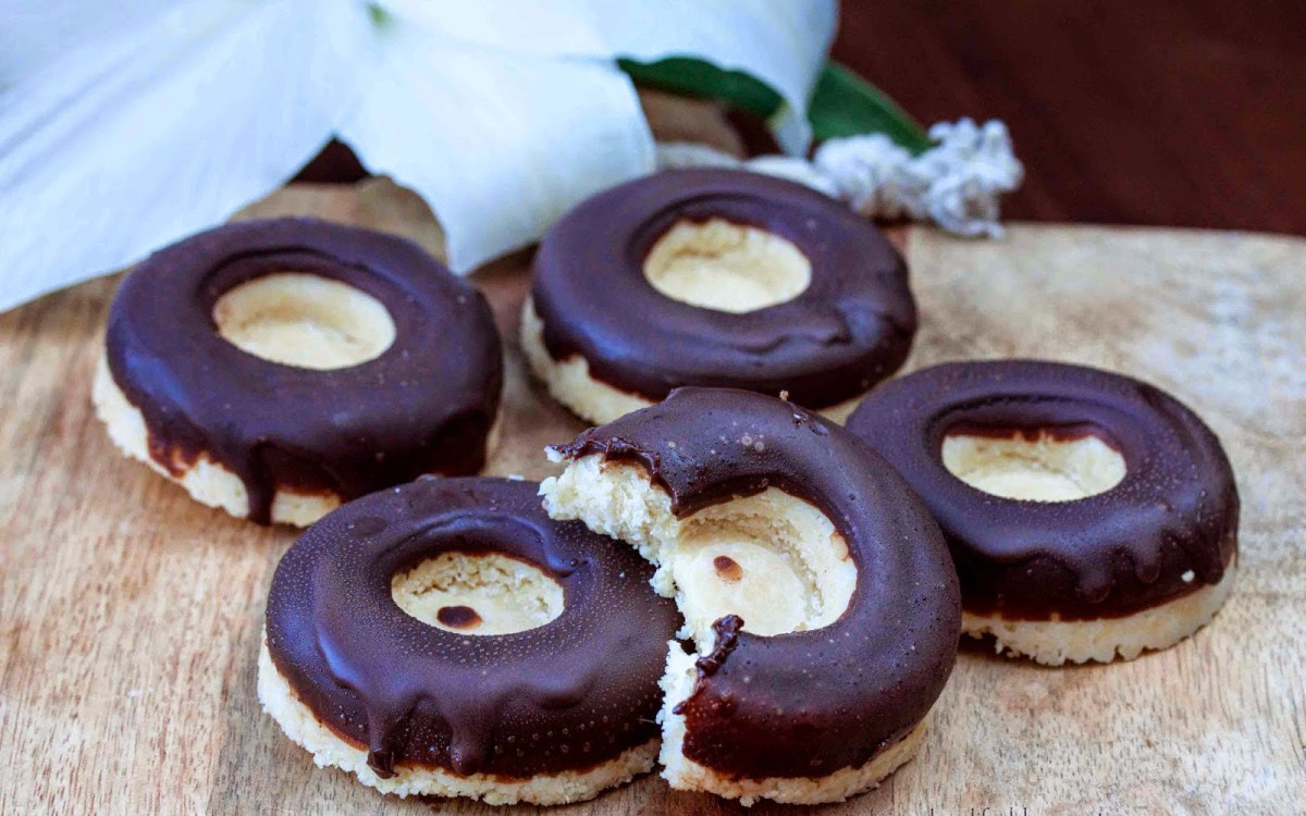 Bounty Bar Doughnut Cookies 1