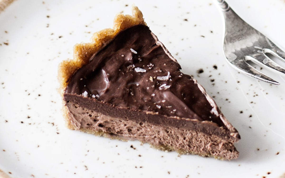 Chocolate Ganache Mousse Pie
