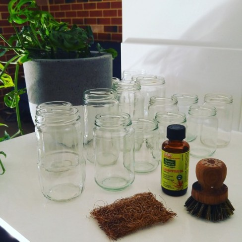 Removing-Jar-Labels-with-Eucalyptus-Oil-Zero-Waste-550x550
