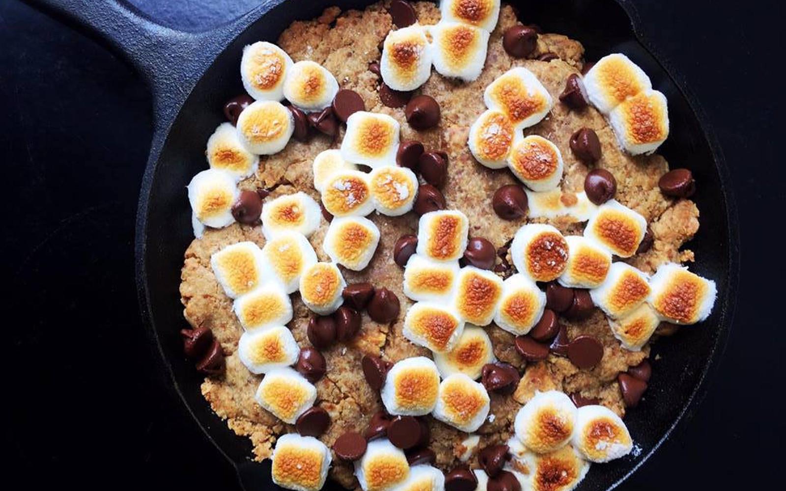 S'mores Skillet Cookie [Vegan]