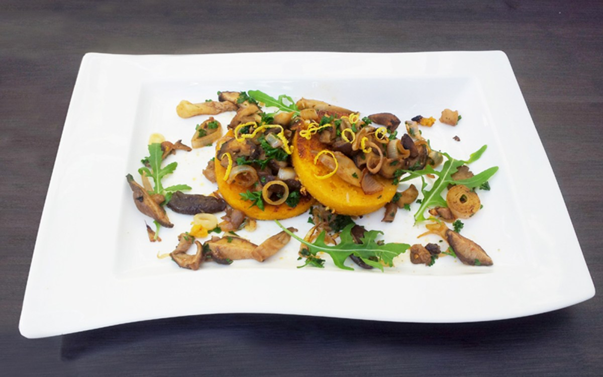 Mushrooms on Butternut Polenta Galletes