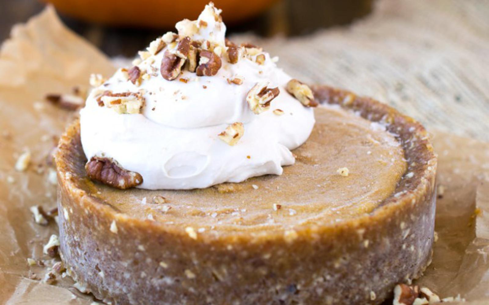 No-Bake Pumpkin Date Pie 1