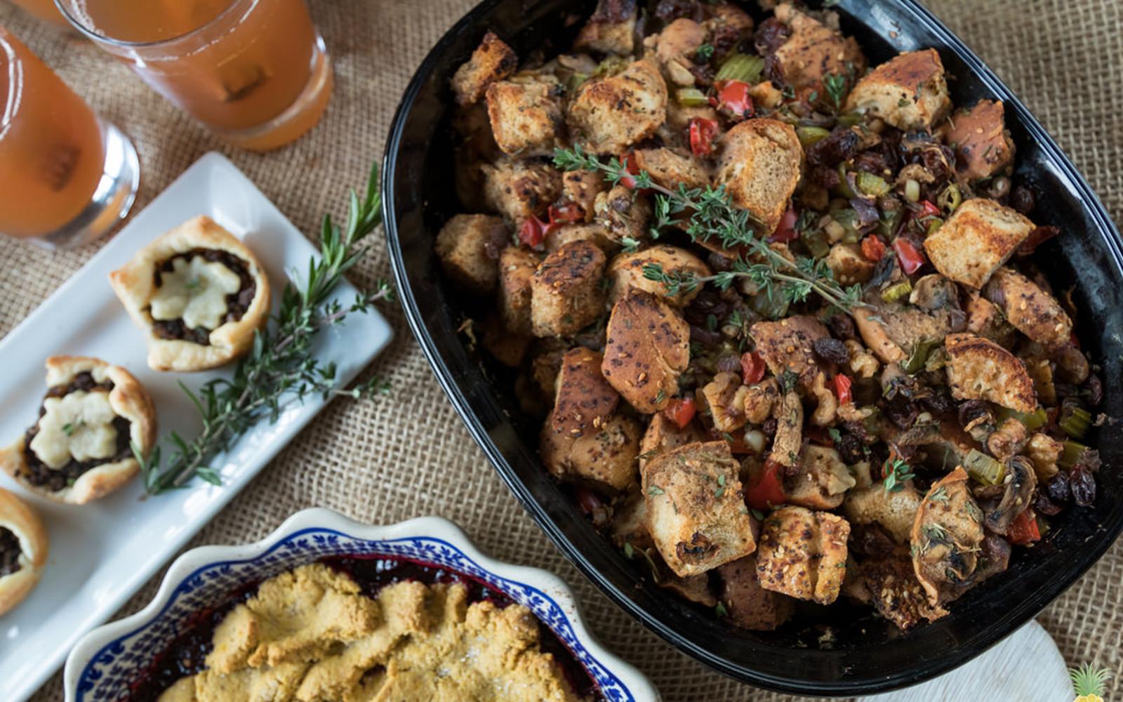 Everything Bagel Thanksgiving Stuffing