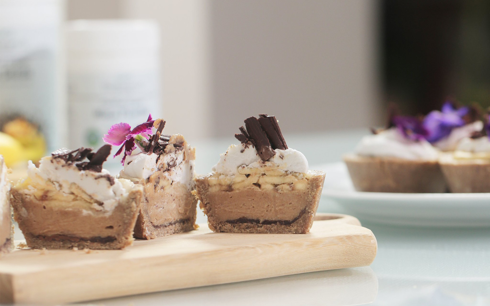 Mini Banoffee Pies [Vegan]