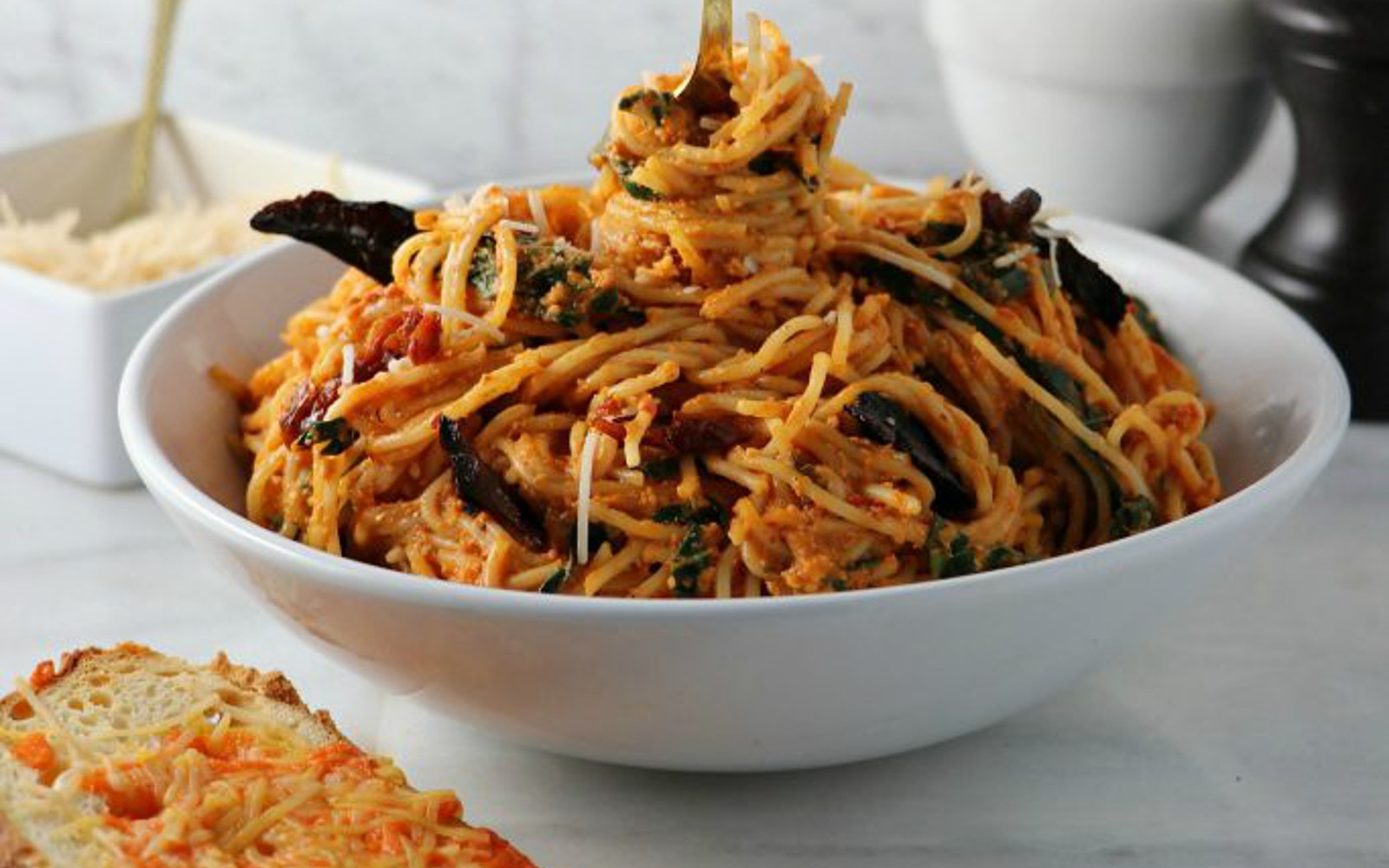Spicy Sun Dried Tomato Pasta b