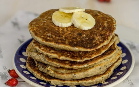 Oat and Spelt Pancakes With Basil Seeds