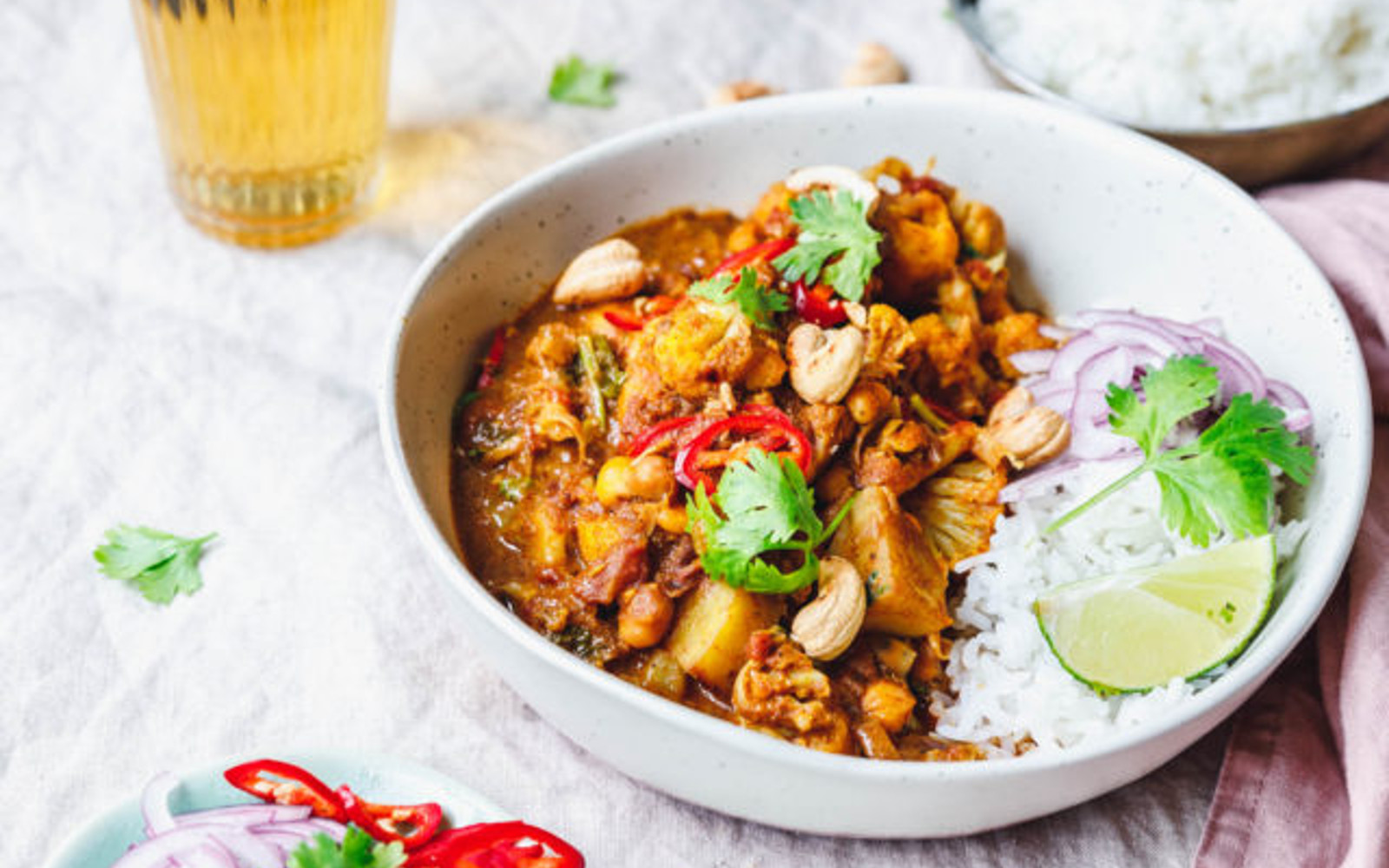 Aloo Gobi - Cauliflower Curry With Potatoes and Chickpeas