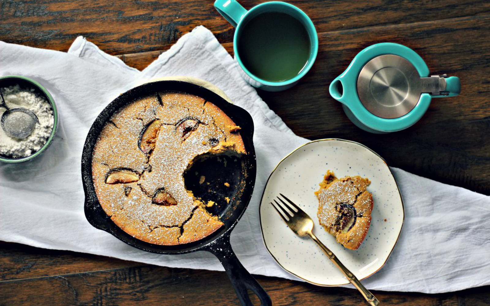 Vegan Fig Skillet Cake