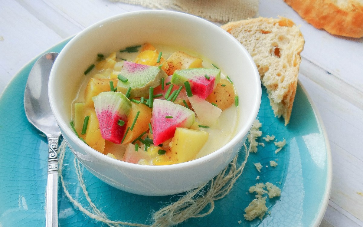 Vegan Green Curry Corn Chowder With Watermelon Radish