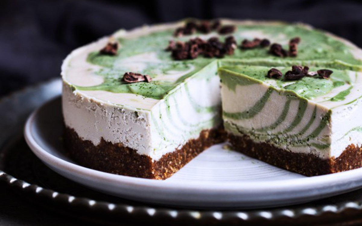 Matcha Zebra Cheesecake