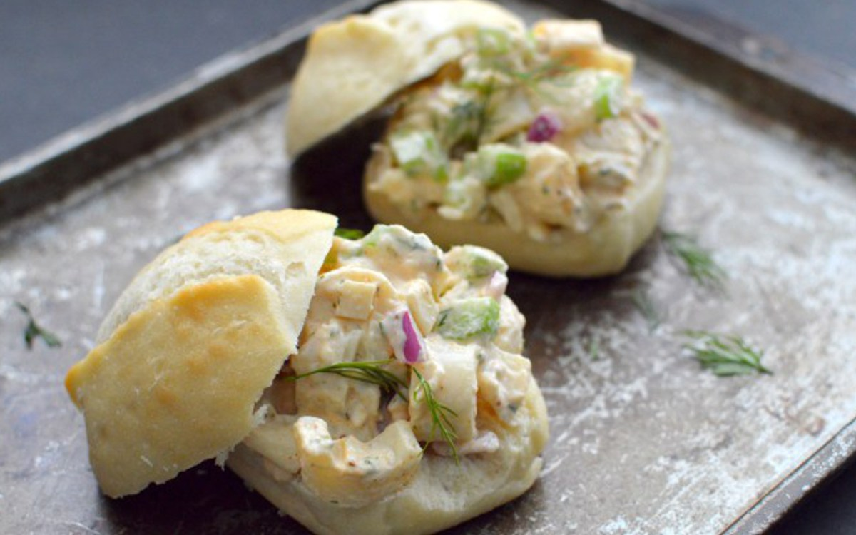 No-Cook Hearts of Palm Lobster Rolls