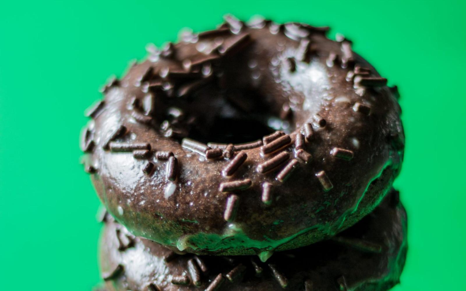 Vegan Easy Chocolate Doughnuts With Espresso Glaze and sprinkes