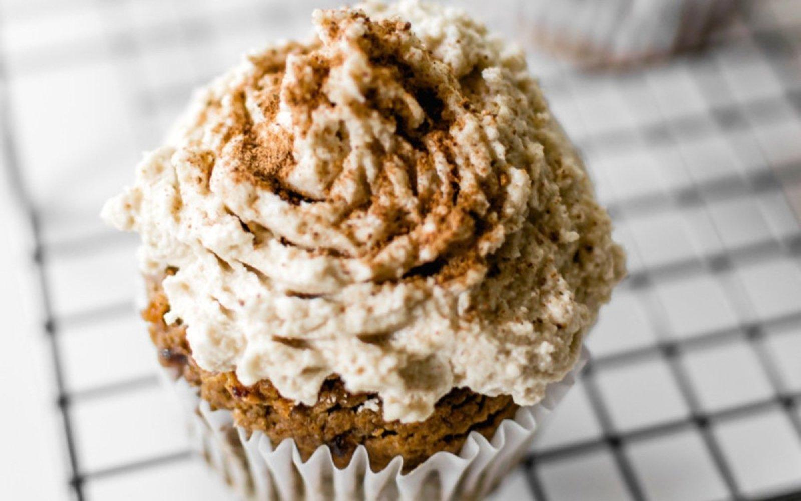 Vegan Gluten-Free Date-Sweetened Pumpkin Spice Cupcakes