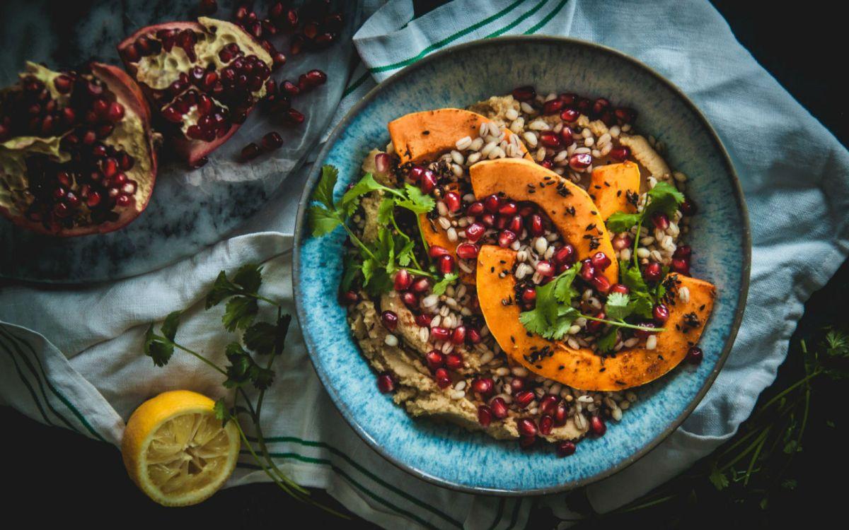 Vegan Hummus and Pearl Barley Bowls