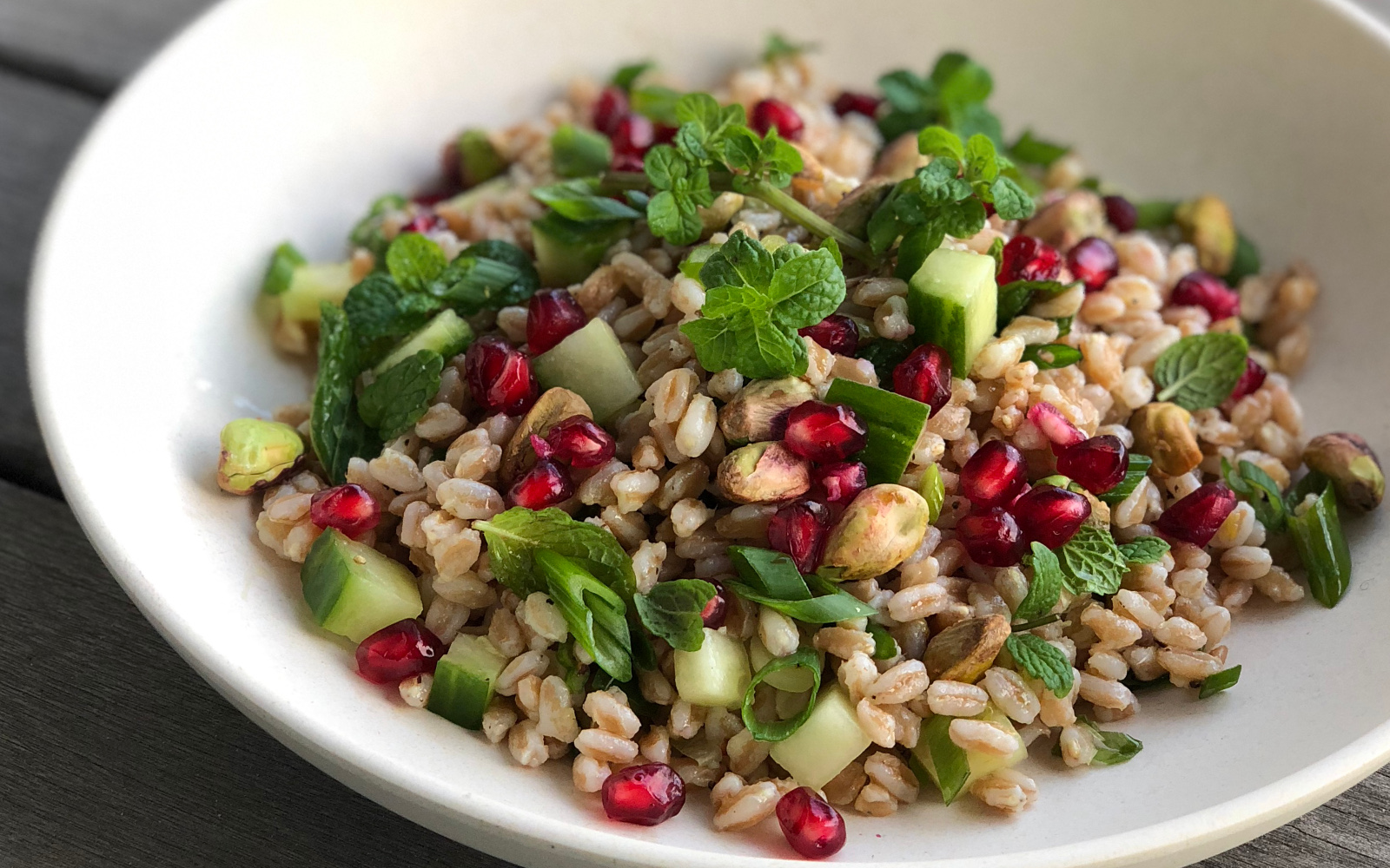 Lemon-Ginger Farro Salad with Pomegranate and Pistachios [Vegan, Gluten-Free] with fresh mint and cucumber