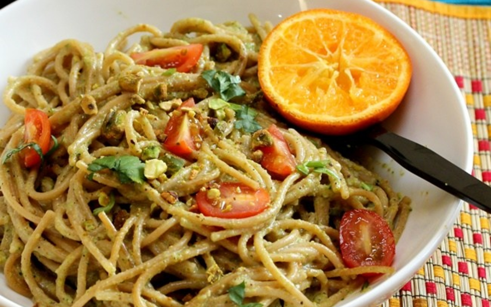 Vegan Pistachios and Broccoli Pesto with Whole Wheat Spaghetti