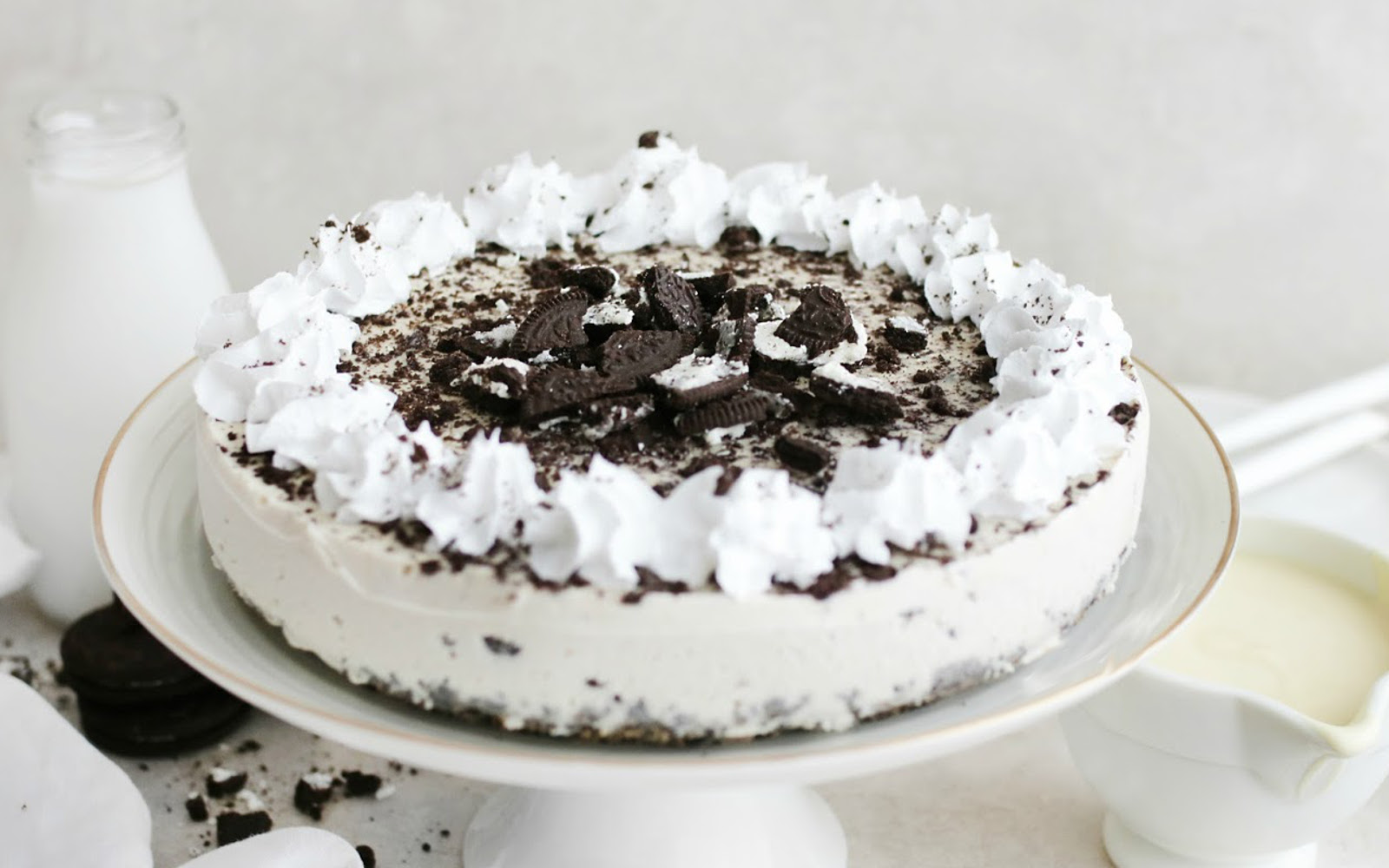 Vegan No-Bake Cookies and Cream Cheesecake with whipped cream