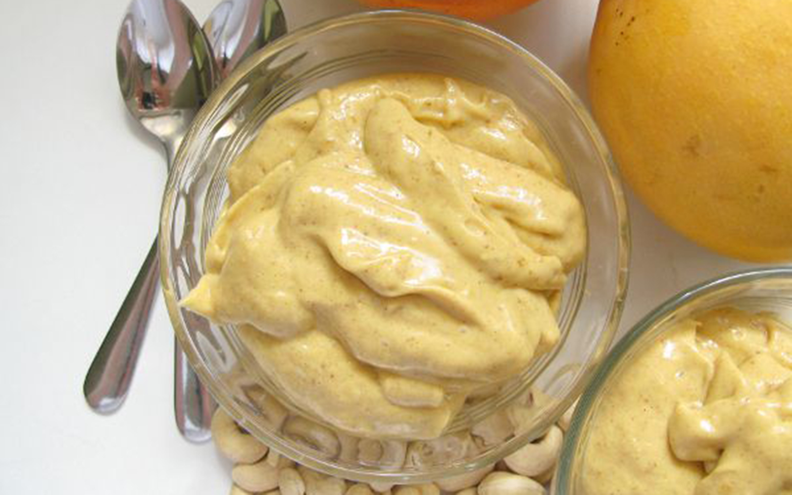 Vegan 5-Ingredient Creamy Mango Pudding