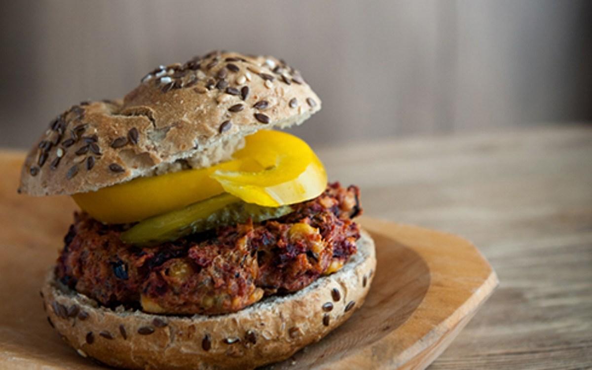 Vegan Beetroot and Chickpeas Burger