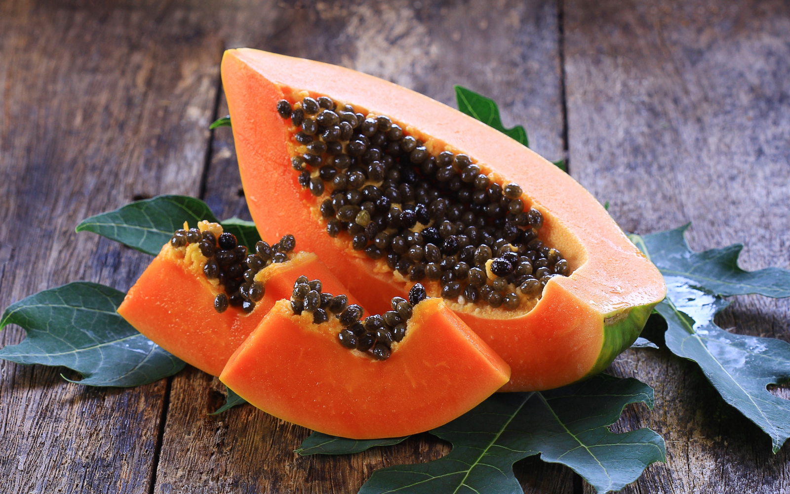 How to eat papaya Rules for using exotic berries 54