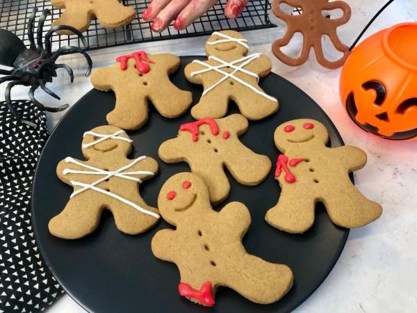 gingerdead men, halloween, one handed baker