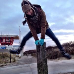 bonnie jumps