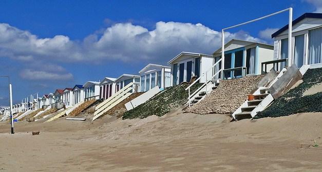 Een strandhuisje kopen? Dit moet je weten (Bloemendaal/Zandvoort)