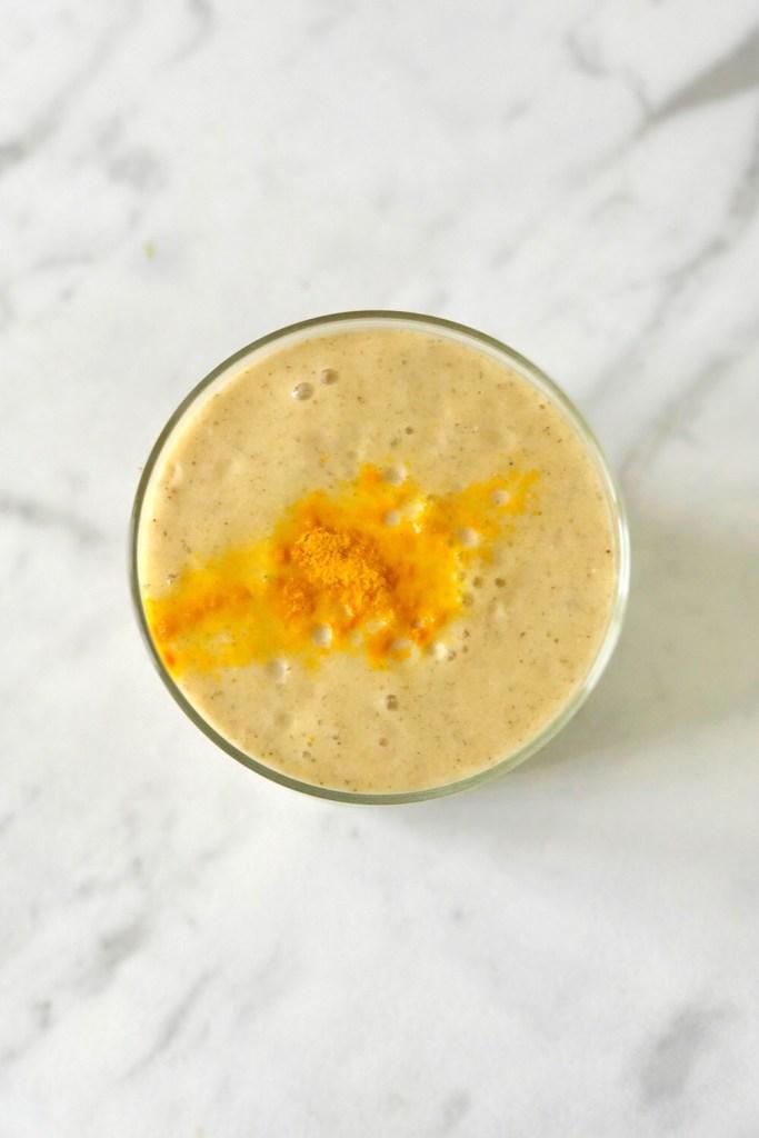 healing smoothie met turmeric