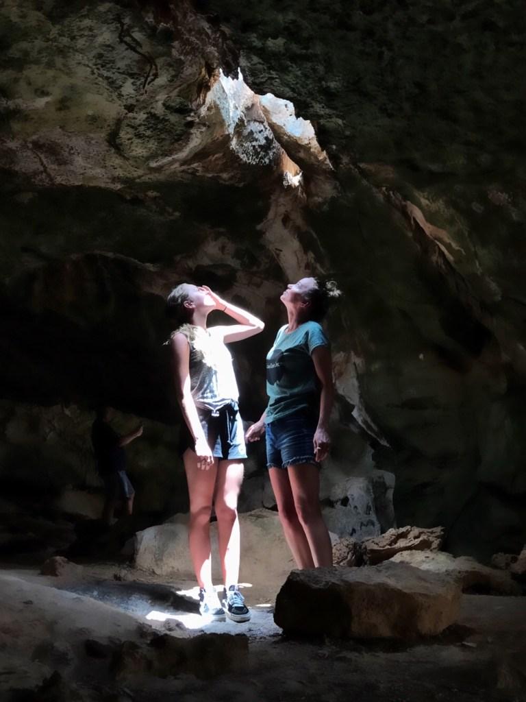 grotten van curacao