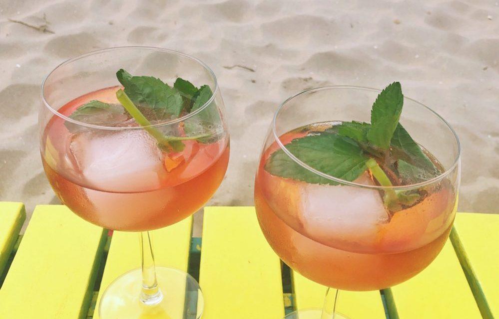 G&T o'clock: gin-tonic met nieuwe Schweppes Hibiscus